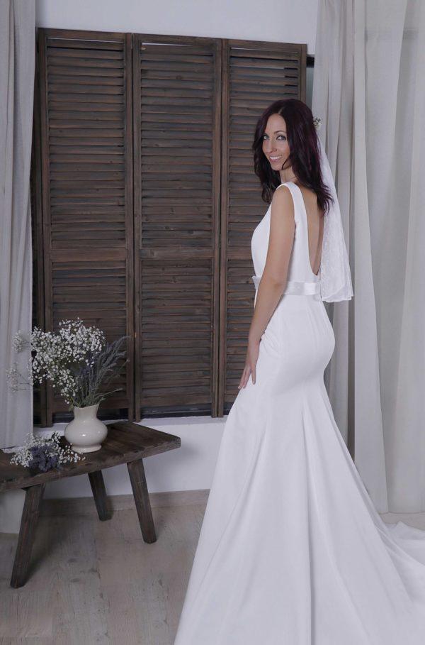 Lionetta vestido espalda escotada novia