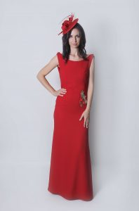 Donna vestido de fiesta para bodas de noche con costadillo redondo